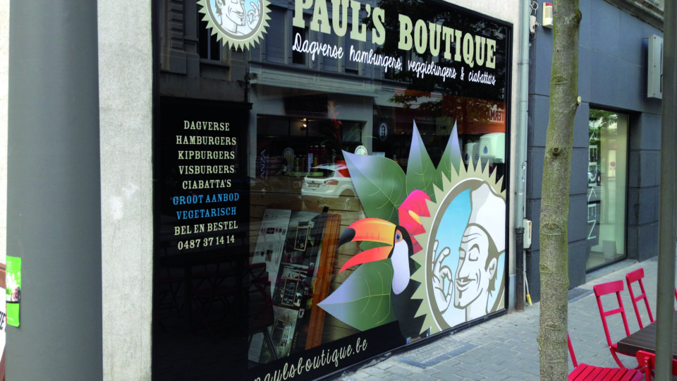 Printed Walls_diensten_belettering_Pauls boutique_gevel