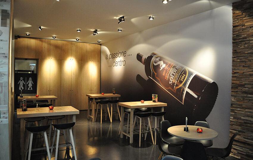 printed walls_aperi vino_muurprint naadloos 1